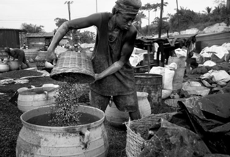 oil conflict in ecuador a photographic essay